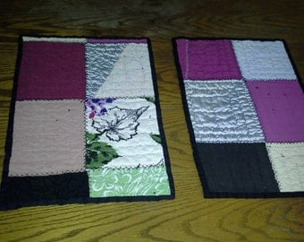 Vintage Quilt Placemats with Black Stitching