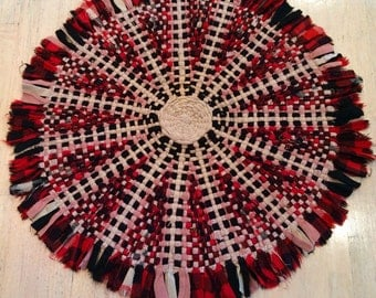 Vintage Wagon Wheel Wool Rag Rug