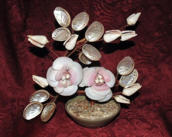 Vintage Rowantrees Bluehill ME Pottery Bowl with Sea Shell Flower Arrangement