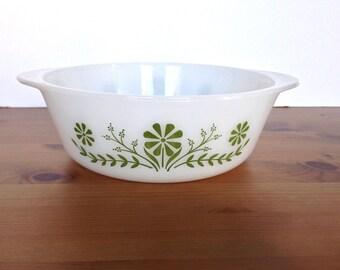 Vintage Glasbake casserole green daisy round oven safe dish 1 1/2 qt