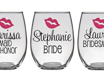 10 Personalized Bridesmaid Glasses - Bridesmaid Glass - Maid of Honor Glass - Bride Wine Glass- Bachelorette Party Glasses