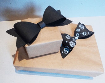 Valentines day Blackboard / Chalkboard wrapping paper bow