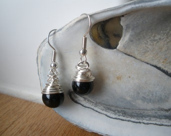 silver wire wrapped black bead ear rings
