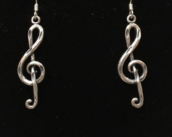 Sterling silver (925) musical note earring