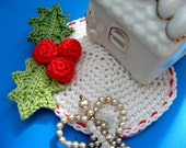 Crochet Christmas Coaster, Holly leaf mistletoe, Christmas pattern, Christmas PDF tutorial