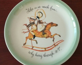 """Holly Hobbie Collector's Edition Plate """"Life is so much fun.."""""""