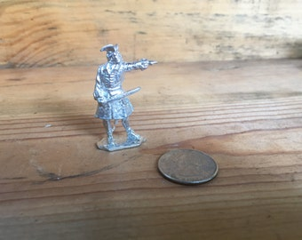 18th Century Pewter Toy Soldier Artillery Man With Ladle