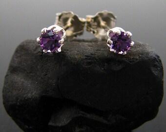 amethyst earrings stud, amethyst earring, genuine amethyst studs, natural Sterling silver  violet amethyst earings 3 mm