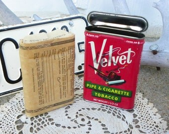Vintage • Tobacco Pipe Tin Velvet with Package | Smoke Smoker Classy Classic | Metal