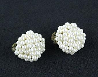 Vintage Cluster Pearl Clip Earrings, JW167