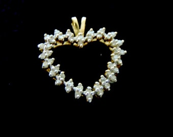 Vintage Estate 10K Gold Heart Pendant With Diamonds  2.0g E2218