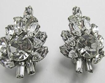 Vintage - Collectible - Clear Rhinestone Earrings - Jewelry - Silver - Rhinestones - Earrings - Elegant - Leaf - Sparkling - Women's - Gift