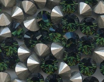 1028 SS39 TU***  6 Swarovski rhinestones point back SS39 (8,3mm) green turmaline