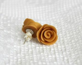 25% OFF! Champagne Gold Rosebud Earrings