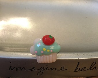 Cupcake Ring. Adjustable ring. One size fits all. #8