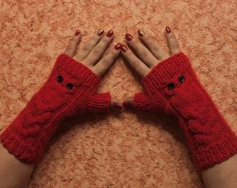 Red Owl Hand-Knitted Fingerless Gloves, Winter Fingereless Gloves, Gift For Christmas, Gifts For Her, LoveKnittings