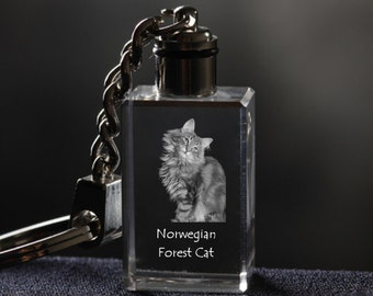 Norwegian Forest cat, Cat Crystal Keyring, Keychain, High Quality, Exceptional Gift