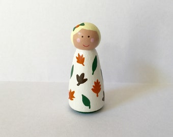 Fall peg doll girl - Autumn - falling leaves - seasonal decor - peg people - wooden dollhouse - leaf pattern - wooden toy - handpainted