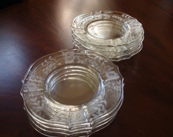 Elegant Crystal Luncheon or Salad Plates (4)
