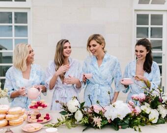 Set Of 4 Robes // Bridal Robe // Bride Robe // Bridal Party Robes // Bridesmaid Gift // Robe // Floral Robes