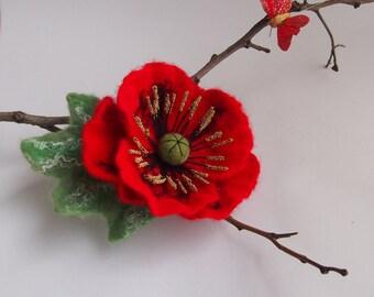 Felt flower brooch-Felt flower pin -felted wool flowers-Felted brooch-wool flowers-Red Poppy -poppy brooch-Felt poppy