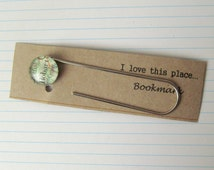 Hobart map bookmark: paper clip style page marker featuring the Australian city. Gift idea for best friend, boyfriend, dad, brother.
