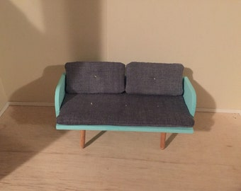 1:6 play scale love seat with grey denim cushions