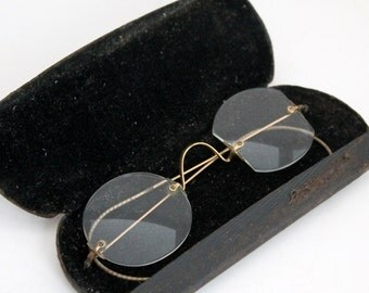 Wire Rimmed Spectacles, Antique Eyeglasses in Case, Wire Rimmed Glasses, Vintage Eye Glasses