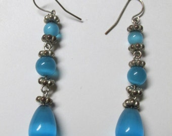 Vintage Silver and Blue Dangle Earrings / Costume Jewelry / Estate Jewelry