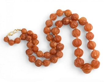Vintage Chinese Export hand carved red Aventurine melon bead necklace. nlbd1227(e)