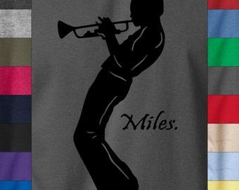 MILES DAVIS w/ Saxophone Silhouette 100% Ringspun Cotton T-Shirt Jazz Soul Retro