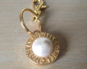 Vintage Pearl Button Re purposed onto Keyring