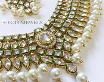 Arwa Choker set – Pearl