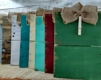 Rustic clothespin pallet wood picture frame. Photo hanger, Burlap bow picture frame, rusitc photo frame, Shabby Chic, Home Decor