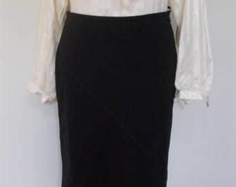 Vintage Feraud Club black skirt with white stitch detail size medium