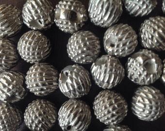 Silver buttons-30 vintage silver buttons in a unique design
