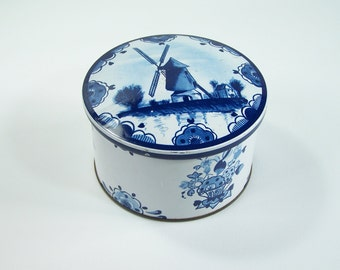 Round tin box  Delft blue Holland mills vintage