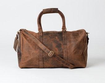 LEATHER HOLDALL / weekend bag / weekender / overnight bag - vintage luggage