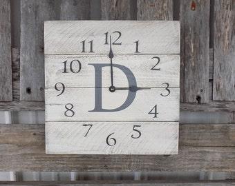 Monogrammed Pallet Clock, Personalized Clock, Rustic Clock, Distressed Clock, Primitive wood clock, wood wall clock, pallet clock
