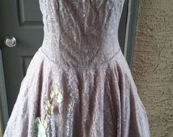 Adorable lavender lace party dress. Rhinestones, project piece, as is