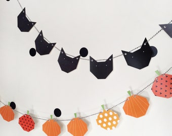 "Garland ""Black cats"". black and blanc_decoration of halloween, halloween party, halloween Garland, fall"