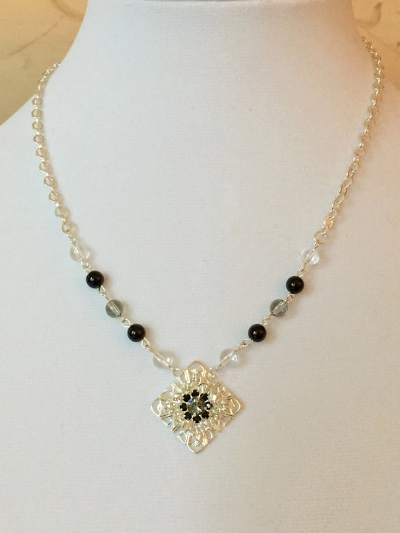Crystal Filigree Tile Necklace - Black & White