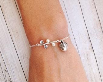 Acorn Bracelet rustic Bridesmaid Gift Silver Acorn Jewelry Bridesmaids Gifts Rustic Wedding Jewelry Rustic Wedding Bracelet