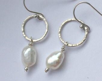 Pearl & silver earrings, freshwater pearl earrings, sterling silver circle and pearl earrings, pearl jewelry, handmade pearl earrings