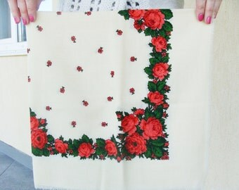 Russian shawl Russian scarf Chale Russe Floral scarf White shawl White scarf Ukrainian shawl Vintage shawl Foulard Russe Wool Shawl Soviet