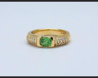 18K Yellow Gold 0.63 Carat Cushion Cut Tsavorite Garnet Ring
