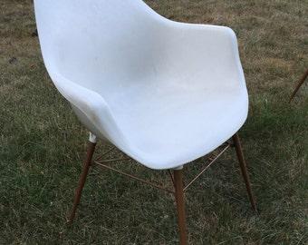 Vintage Sam Avedon, Alladin Plastic, Molded Arm Chair, Mid Century Modern Chair, Desk Chair, Plastic Shell Chair, Mid Century Bucket Chair