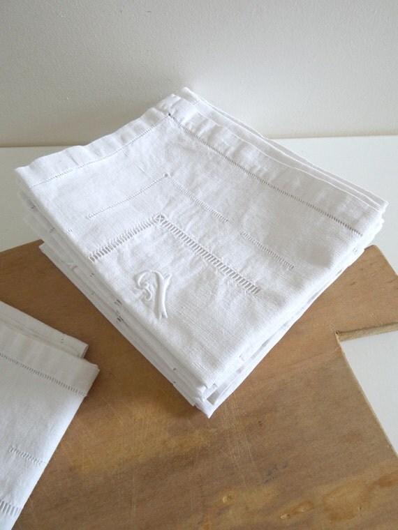 9 serviettes de table en lin anciennes blanches avec - Serviette table lin ...
