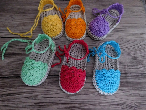 Crochet sandalias de bebé patrón, alpargata de bebé, ganchillo patrón alpargata N.104