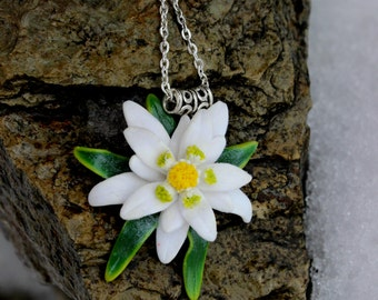 White flower pendant necklace Cottage Chic jewelry. Polymer clay edelweiss wedding jewelry handmade